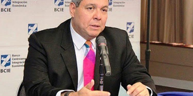 Presidente del BCIE visita Nicaragua para suscribir más proyectos con el régimen