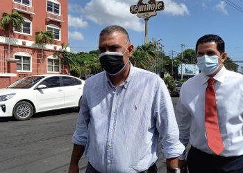 Octavio Enríquez a la Fiscalía: «No tengo nada qué esconder, tengo mi frente en alto». Foto: Artículo 66/ Noel Miranda.