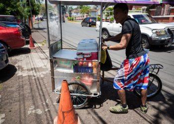 El sector informal ha ido creciendo en los últimos años como consecuencia de la falta de empleos. | Foto: Redacción Abierta.