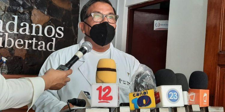 Unidad Médica Nicaragüense demanda más vacunas contra el COVID-19 ante repunte de casos. Foto: Artículo 66/ Noel Miranda.
