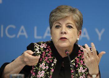 La secretaria ejecutiva de la Cepal, Alicia Bárcena. EFE/José Méndez/Archivo