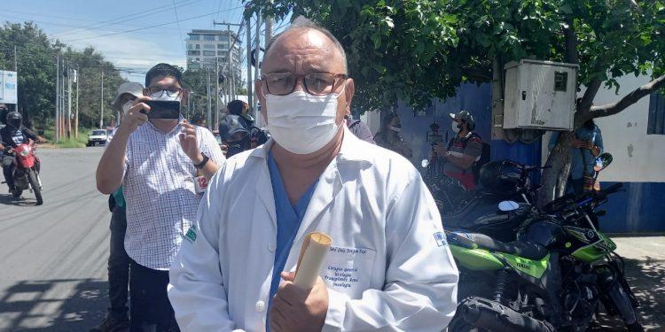 Régimen presiona al doctor José Luis Borgen y lo «obliga» a presentarse en la Dirección de Regulación Sanitaria. Foto: Artículo 66/ Noel Miranda.
