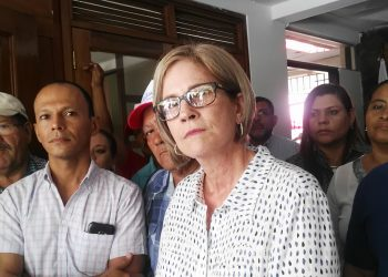 «Kitty Monterrey, ¿por qué tanto cinismo de ir a elecciones?», reclaman familiares de presos políticos