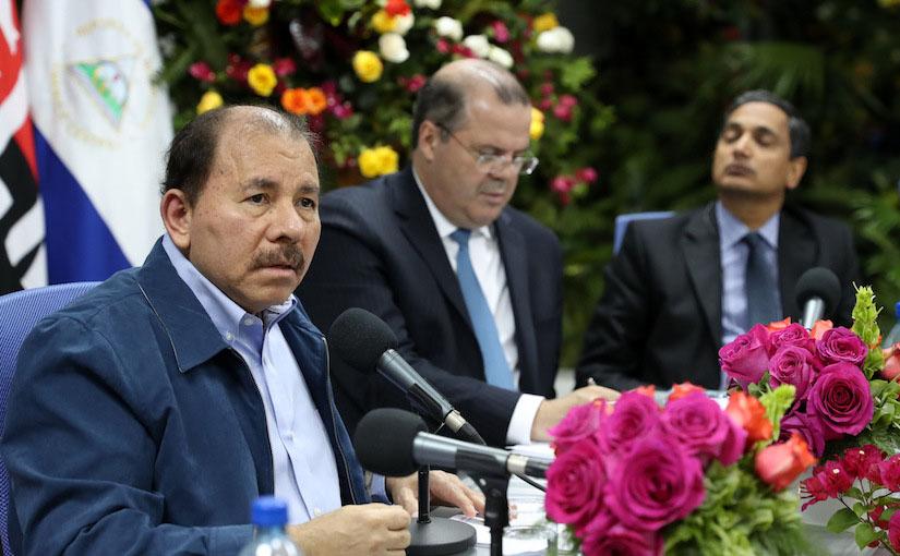 Die Unsicherheit in Nicaragua sollte die Investoren alarmieren, so die USA. Foto: Daniel Ortega bei einem Treffen mit Vertretern des IWF über Nicaragua im Mai 2017. Offizielle Presse.