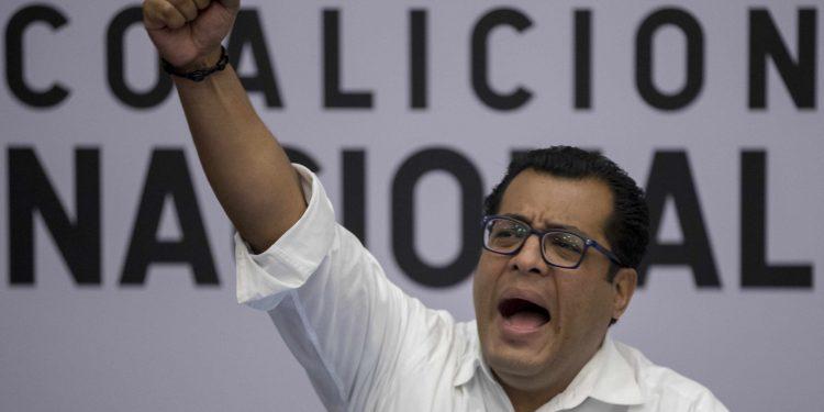 Félix Maradiaga cumple 30 días de secuestro y aún no se sabe, oficialmente, nada de él. Foto: Divergentes.