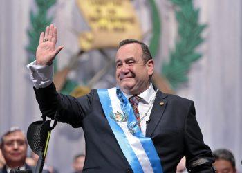 Presidente guatemalteco Alejandro Giammattei, envuelto en corrupción y sobornos, revela exfiscal