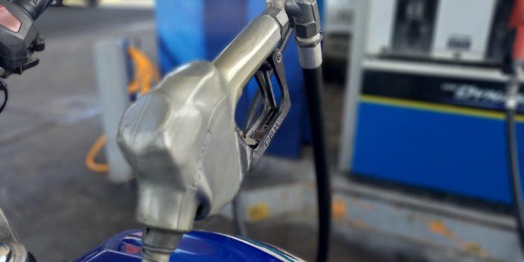 Combustibles experimentarán su segunda rebaja consecutiva. Foto: Artículo 66 / Noel Miranda