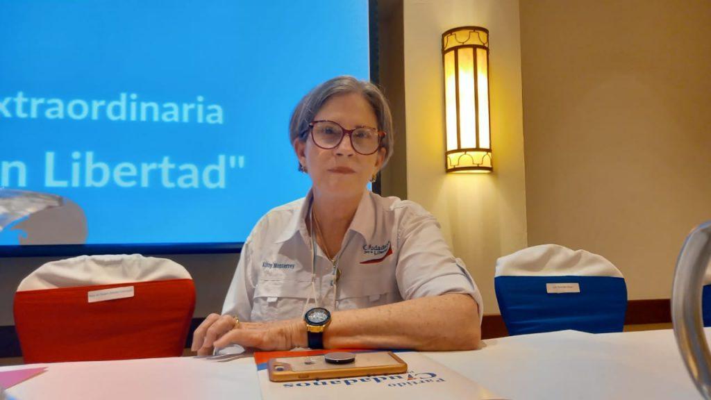Condenan «descabezada» de CxL y de su presidenta, Kitty Monterrey. Foto: Artículo 66 / Noel Miranda