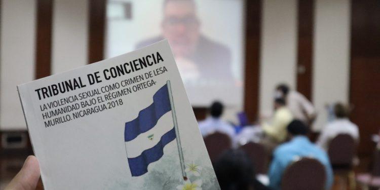 Presentan libro sobre la violencia sexual como crimen de lesa humanidad cometidas bajo el régimen Ortega-Murillo. Foto: Cortesía.