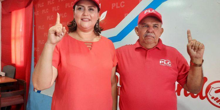 Walter Espinoza se queda sin fórmula presidencial. Renunció María Dolores Moncada. Foto: Artículo 66 / Noel Miranda