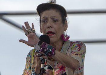 Rosario Murillo tacha a médicos y periodistas independientes de «terroristas que llaman al mal» por alertar sobre el COVID-19. Foto: Internet.