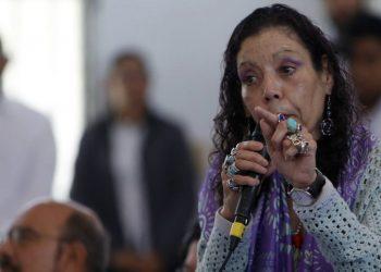 Rosario Murillo arremete contra los obispos y los llama «pastores disfrazados». Foto: Confidencial.