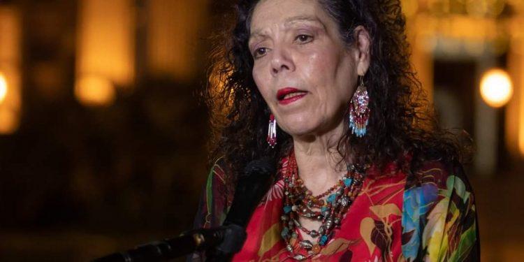 Vicedictadora Murillo asegura que lucha por los derechos humanos, llama «egoísta» a la comunidad internacional y reclama más vacunas. Foto: Internet.
