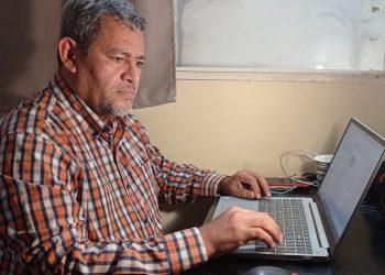 Iván Olivares, periodista de Confidencial, se exilia ante acoso de fiscales de la dictadura. Foto: Cortesía.