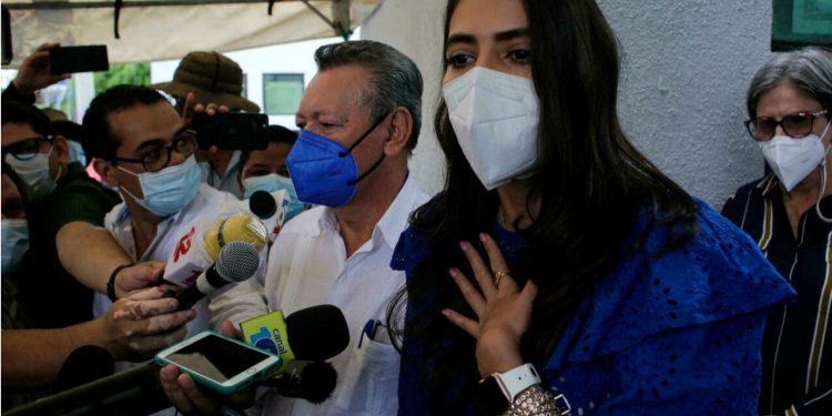 Berenice Quezada será acusada por incitar a actos terroristas. Foto: Tomada de AP