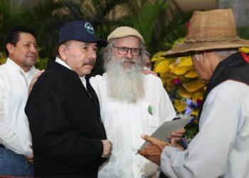 Ortega vuelve a atacar a la Iglesia y no se le escapa ni su tío, Monseñor Antonio Lezcano y Ortega