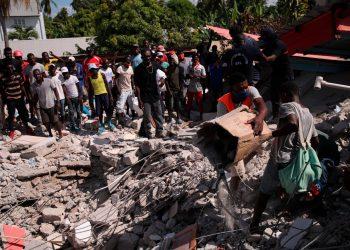 Sube a 1.419 el número de muertos por el terremoto en Haití. Foto: EFE