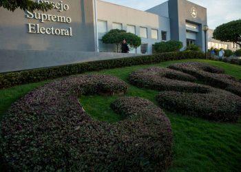 CSE habilita cambios de domicilios en línea para poder votar. Foto: EFE.