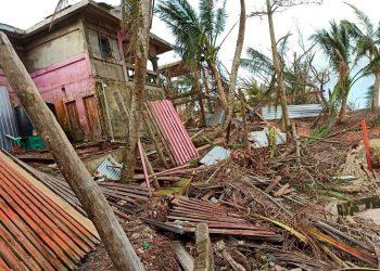 Fuerza Naval de Nicaragua llama a «resguardar la vida» ante amenaza de ciclón. Foto: EFE.