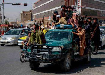 Los talibanes piden apoyo internacional para reconstruir la economía afgana. Foto: EFE.