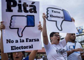 Opositores llaman al no voto en las elecciones presidenciales del 2016. Foto: Internet.