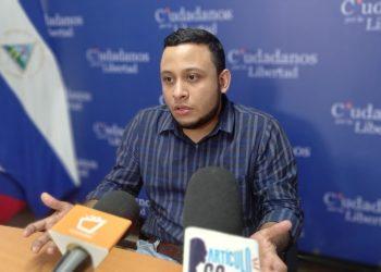 Jasson Salazar renuncia a su cargo de secretario ejecutivo por la Alianza Cívica. Foto: Artículo 66 / Noel Miranda