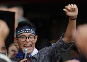 Lesther Alemán participo en las protestas sociales y enfrentó al dictador Ortega en el Diálogo Nacional. Foto: -Internet.