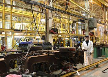Unos empleados trabajan en el cuartel general de la empresa Kawasaki en ciudad de Yonkers,en una fotografía de archivo. EFE/Jessica Martorell