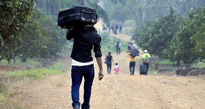 Nicaragüenses continúan migrando a causa de la crisis. Foto: Jader Flores / La Prensa