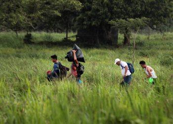 Desarticulan banda que traficaba migrantes en Costa Rica