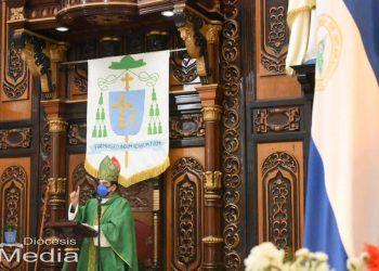 Monseñor Álvarez: «Debemos abandonar la idea de que somos súbditos del poder». Foto: Diócesis Media