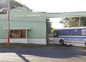 Colegio Centroamérica pasa a clases virtuales ante contagios con COVID-19 de estudiantes y trabajadores. Foto: Internet.