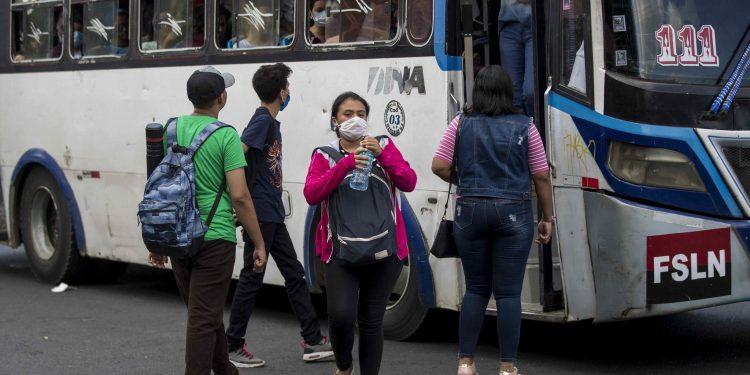 Minsa atiende más de 90 contagios al día por COVID-19. Foto: Artículo 66
