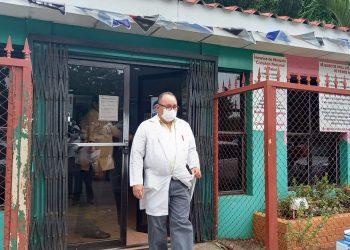 Doctor José Luis Borgen hospitalizado a causa del COVID-19. Foto: Artículo 66 / Noel Miranda