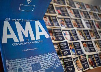 Libro interactivo que denuncia asesinatos perpetrados por la dictadura Ortega-Murillo es presentado en Alemania. Foto: Portal AMA.