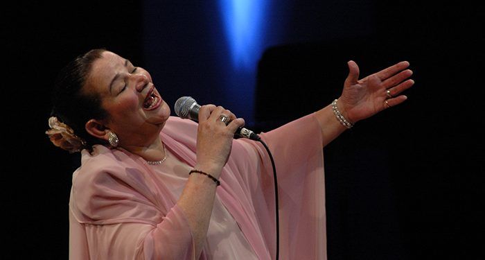 Cantante Norma Helena Gadea hospitalizada tras sufrir una fractura. Foto: Artículo 66 / Diario Hoy