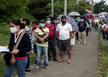 Nicaragua está por de bajo del 10 por ciento de vacunación contra el COVID-19, según OPS. Foto: Artículo 66 / EFE