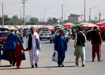 El aeropuerto de Kabul reanuda los vuelos nacionales. Foto: EFE.