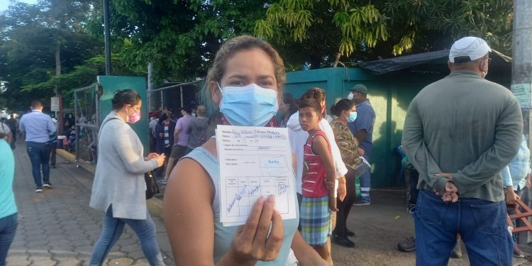 Jornada de vacunación para mayores de 30. Foto: Artículo 66 / Noel Miranda