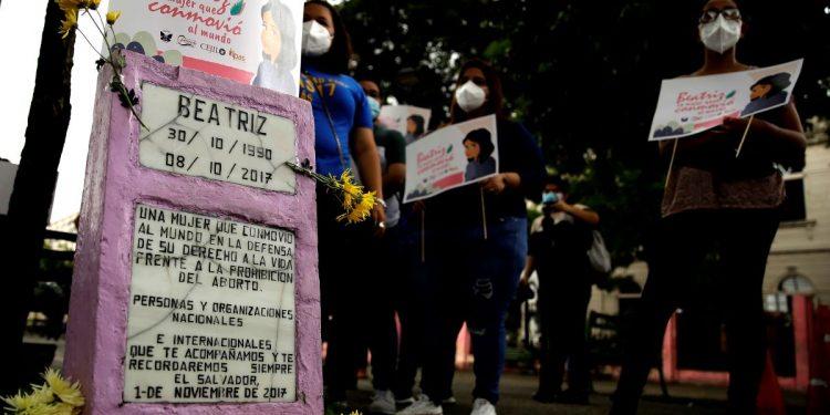 Aborto y matrimonio igualitario, lejos de ser legalizados en El Salvador