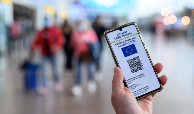"""Italia es ya el primer país de Europa que pedirá el """"pase covid"""" a empleados"""