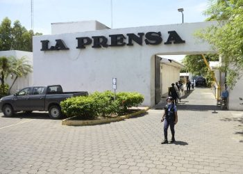 """La Prensa de Nicaragua se reduce al mínimo para """"garantizar la supervivencia"""""""