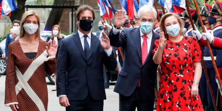 Lacalle Pou recibe a presidente chileno Piñera, de visita en Uruguay