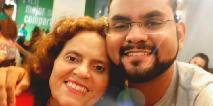Heydi Meza y Max Jerez, madre e hijo. Foto: Tomada de internet