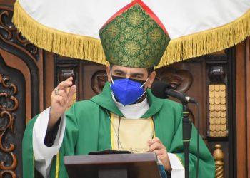 Monseñor Álvarez: Hay necesidad de «libertad interior para no aferrarse al poder». Foto: Manuel Obando/ DiócesisMedia.