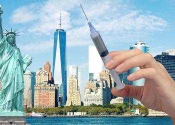 Nueva York advierte a sus empleados: vacuna o despido