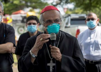 """""""Es bien triste estar solo"""": cardenal de Nicaragua convaleciente de covid-19"""