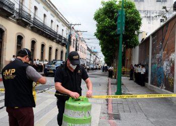 Guatemala acusa a manifestantes de terrorismo por incendiar el Congreso
